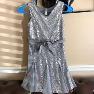Cherokee girl dress size M (7-8)